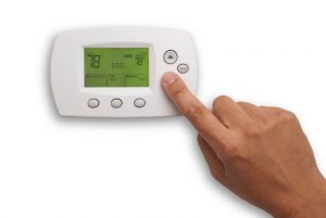thermostat-hand-78